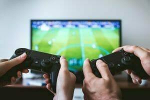 Wat zijn voordelen en risico's van gamen?